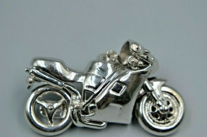 9ct WHITE GOLD MOTORBIKE PENDANT